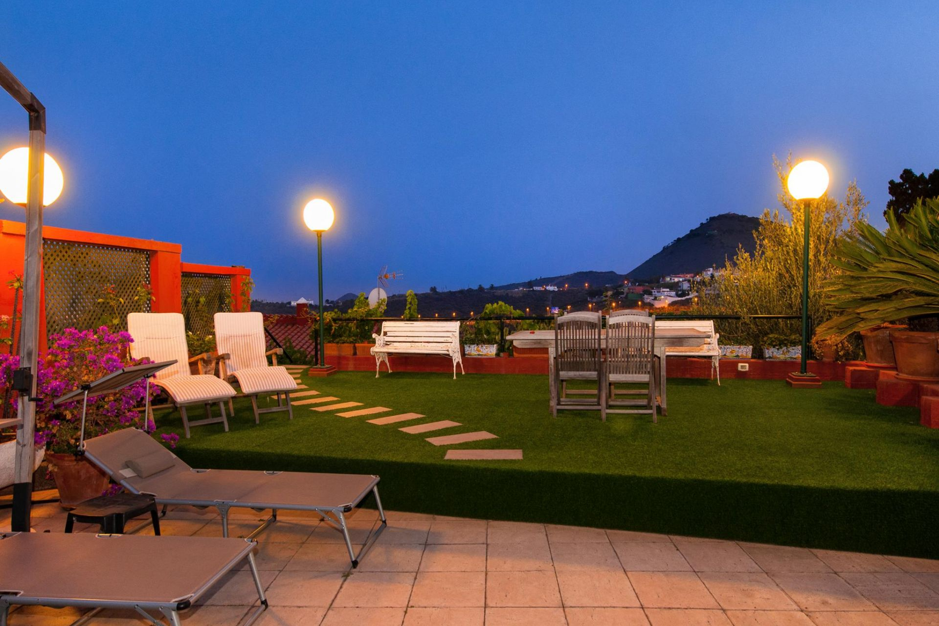 Acogedor apartamento en zona rural con piscina privada en for Apartamento rural con piscina privada