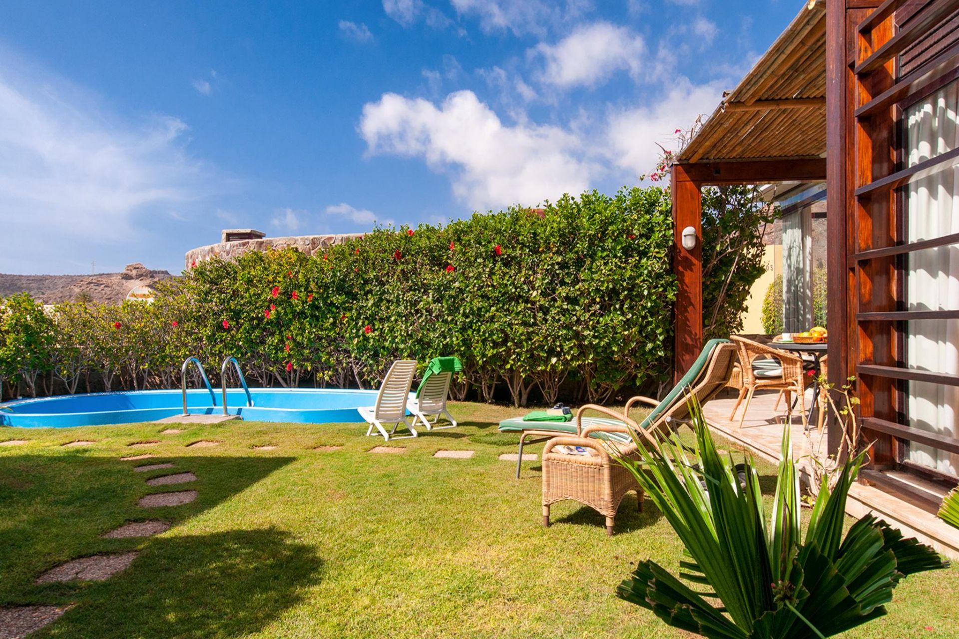 Villa lujo salobre golf gran canaria hidromasaje piscina - Villas en gran canaria con piscina ...